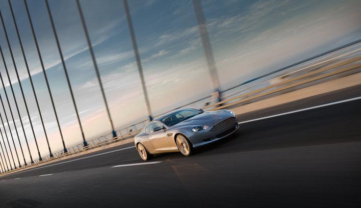 Фото Aston Martin DB9 купе, модельный ряд 2008г
