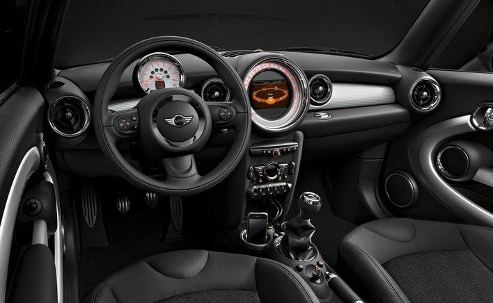 Фото MINI Cooper 3-дверный хэтчбек, модельный ряд 2010г