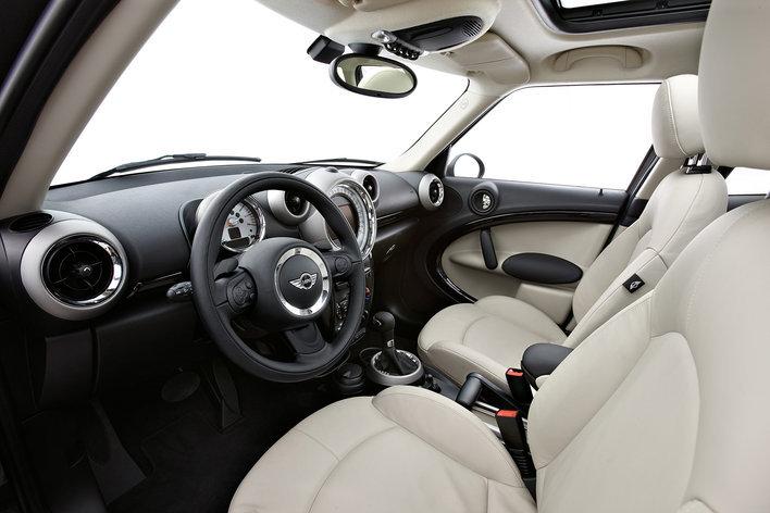 Фото MINI Cooper Countryman 5-дверный кроссовер, модельный ряд 2010г