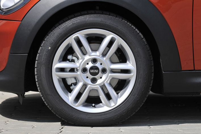 Фото MINI Cooper Cabrio кабриолет, модельный ряд 2010г