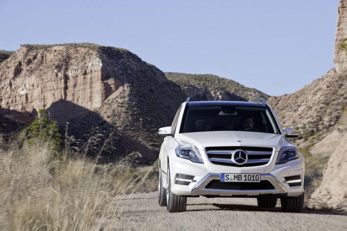 Фото Mercedes-Benz GLK 5-дверный кроссовер, модельный ряд 2012г