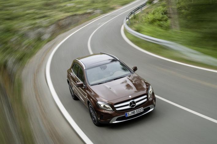 Фото Mercedes-Benz GLA 5-дверный кроссовер, модельный ряд 2014г