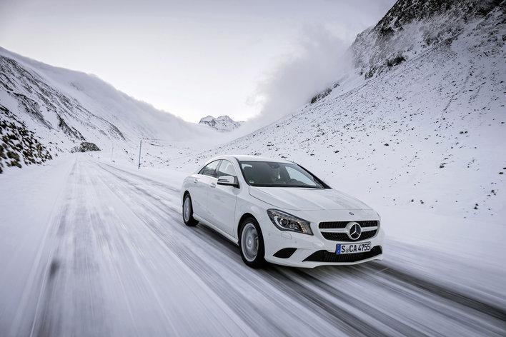 Фото Mercedes-Benz CLA седан, модельный ряд 2013г
