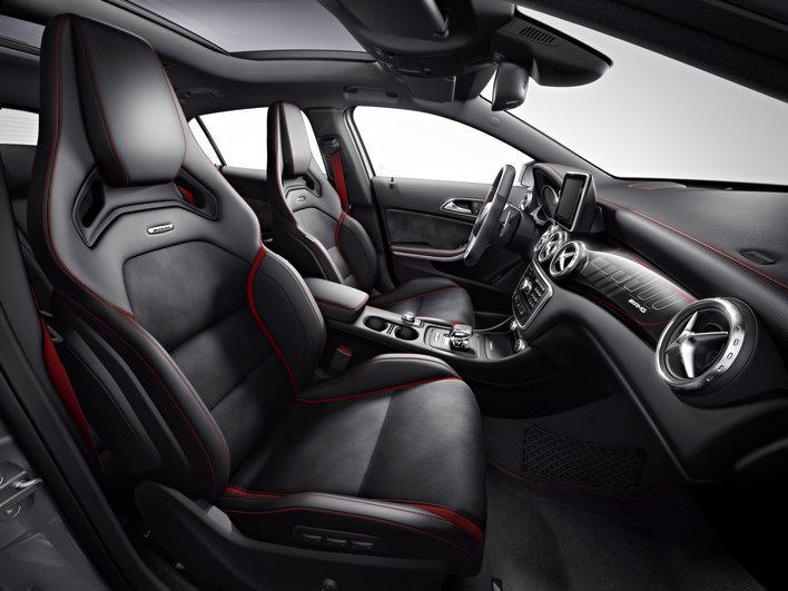 Фото Mercedes-Benz GLA AMG 5-дверный кроссовер, модельный ряд 2014г