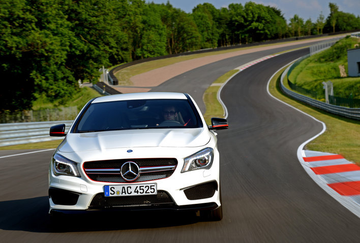 Фото Mercedes-Benz CLA AMG седан, модельный ряд 2013г
