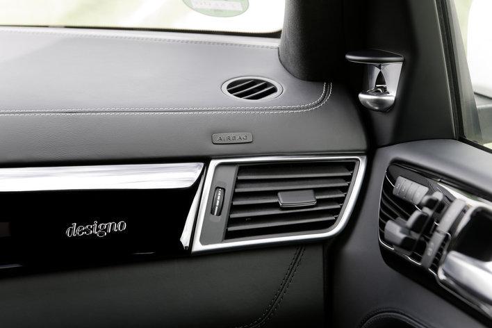 Фото Mercedes-Benz GL AMG 5-дверный внедорожник, модельный ряд 2012г