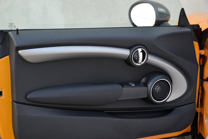 Фото MINI Cooper S 3-дверный хэтчбек, модельный ряд 2014г