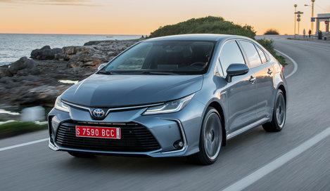 Фото Toyota Corolla седан, модельный ряд 2019г