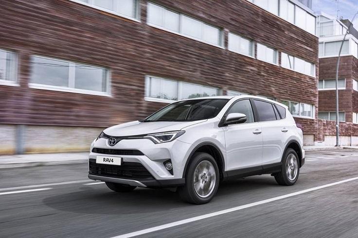 Тойота вернула дизельный РАВ4 в Россию