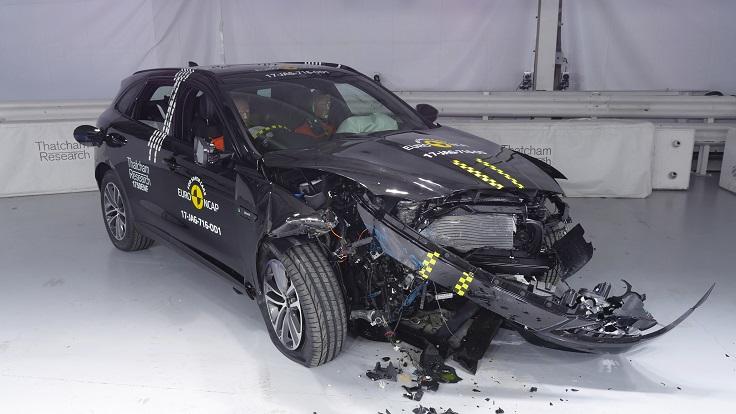 Краш-тест нового Jaguar F-PACE 2017-2018