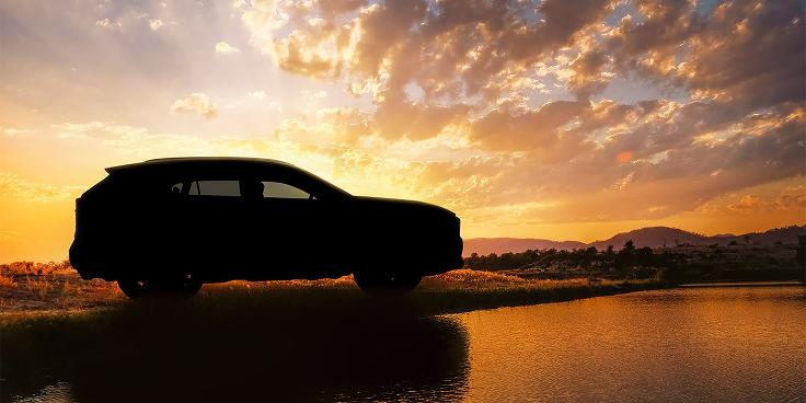 Кто обрушил продажи RAV4 и что Toyota сделает в ответ