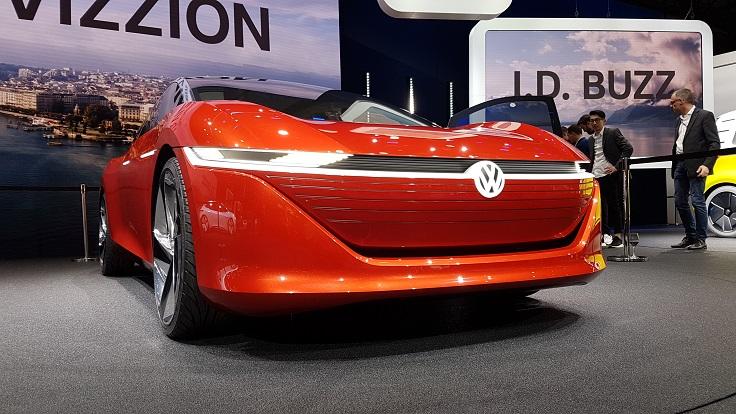 """VW, остановись! Что ты делаешь? Tiguan X4 и модели """"БезРуля"""""""