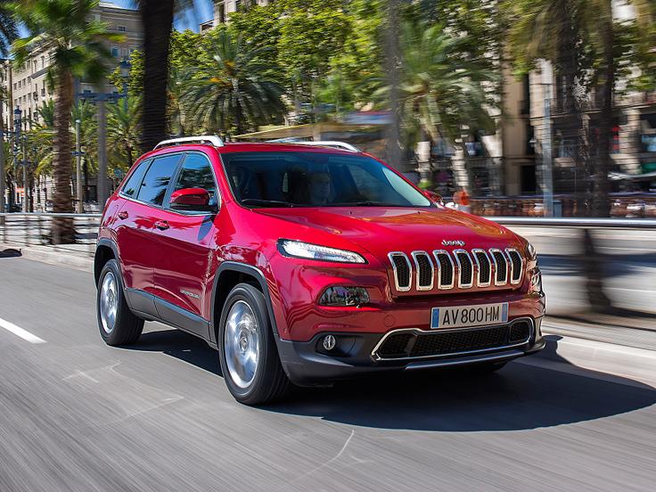 Jeep и Chrysler отзывают проданные в России автомобили