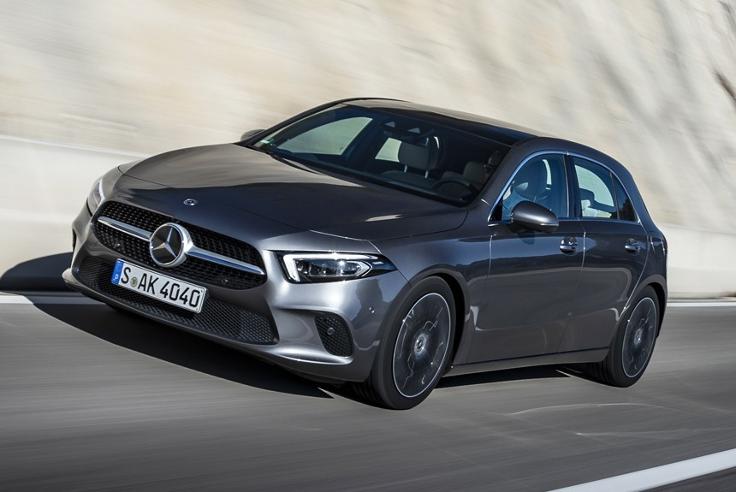 Чем зацепит? Новый Mercedes A-класса получился дороже конкурентов