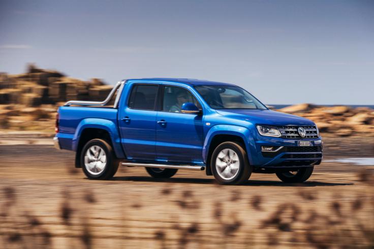 Volkswagen в России переписал ценники на Passat и Amarok