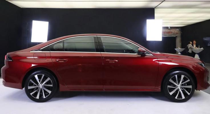 Peugeot переделал флагманскую модель в лучших китайских традициях