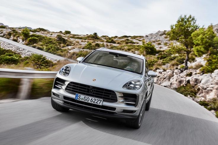 Обновленный Porsche Macan S добрался до России