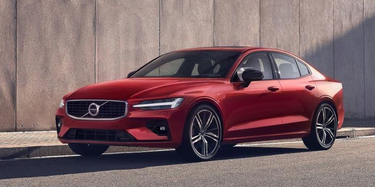 V60 Cross Country и новый S60 - Volvo назвала новинки для России
